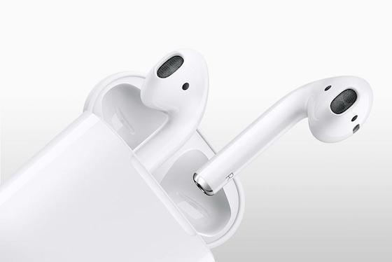 Бездротові навушники AirPods