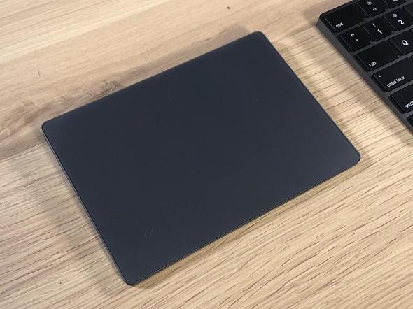 Чорний трекпад для iMac Pro