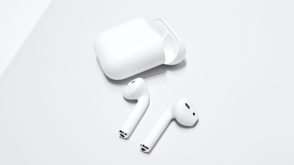 AirPods — бездротові навушники від Apple