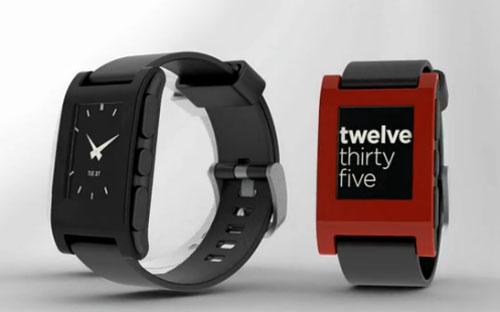 Pebble Smartwatch получили интеграцию с iOS 7