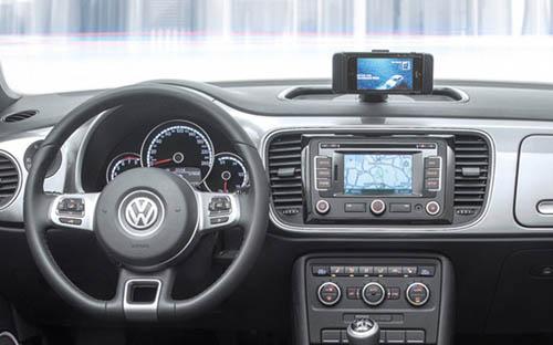 Volkswagen iBeetle — первый автомобиль с заводской поддержкой iPhone