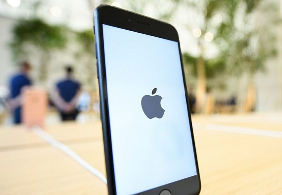 «Все погано» та «Apple вже не той», або Наприкінці 2016 ринок iPhone виріс