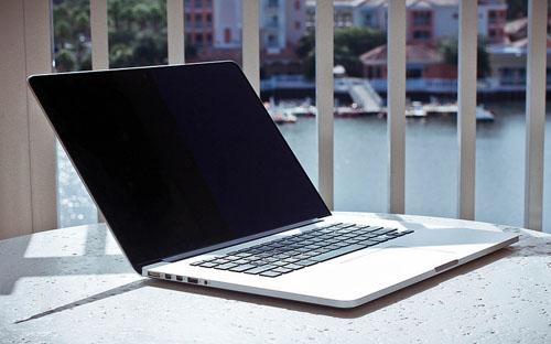 MacBook Pro Retina c новой OS X работает на 20 минут дольше, чем раньше