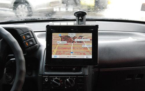 Обзор автомобильных креплений для iPhone и iPad