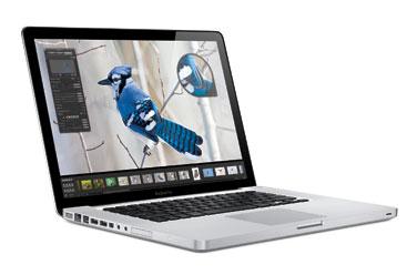 """Из лаборатории: новые 15"""" MacBook Pro Core 2 Duo 2.66ГГц в деле"""