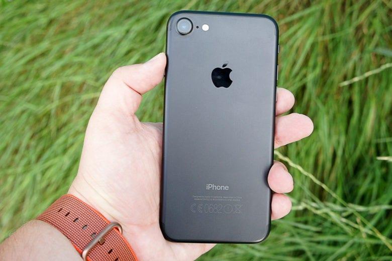 Зниження цін на обрані моделі iPhone