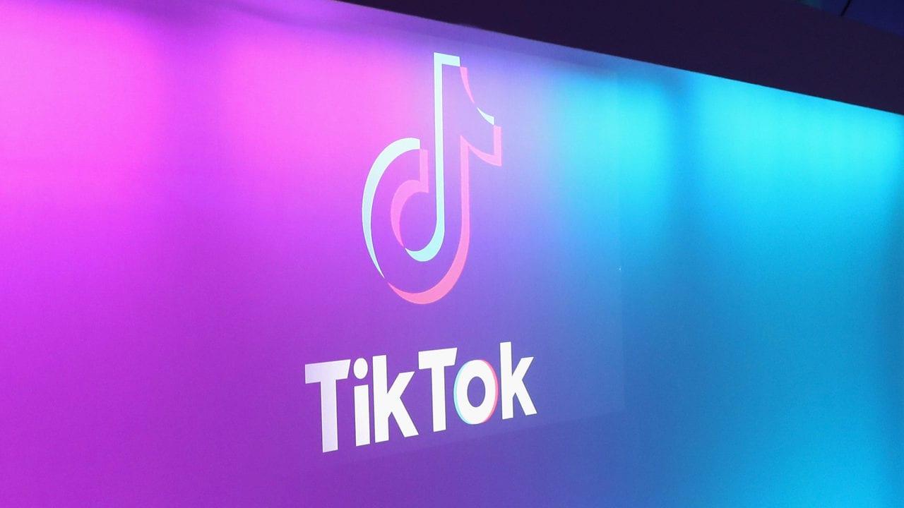 Повний посібник по TikTok для батьків